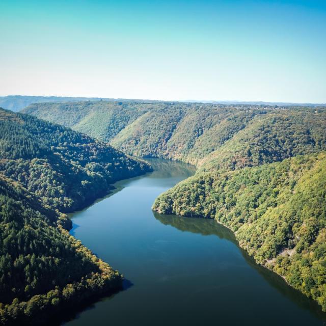 Les Gorges de la Dordogne vue du Roc du Busatier