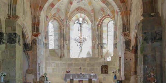 Intérieur de l'église de Darnets