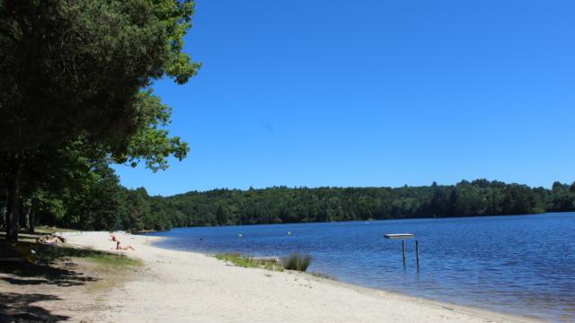 Le lac de Marcillac-la-Croisille