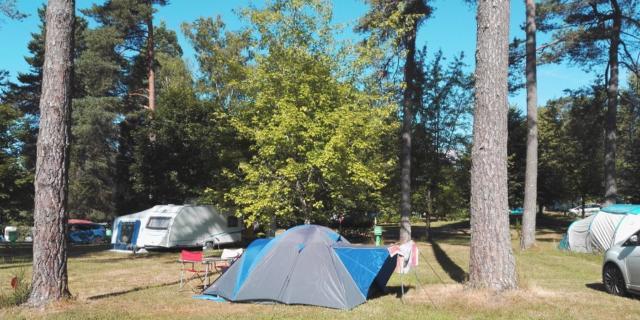 Tente au Camping Aquadis Loisirs de Marcillac-la-Croisille